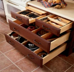 Kitchen Designer Tip - Base Drawer Storage
