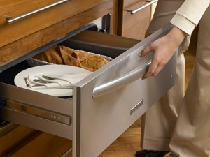 5 reasons your kitchen could use a warming drawer | Reico
