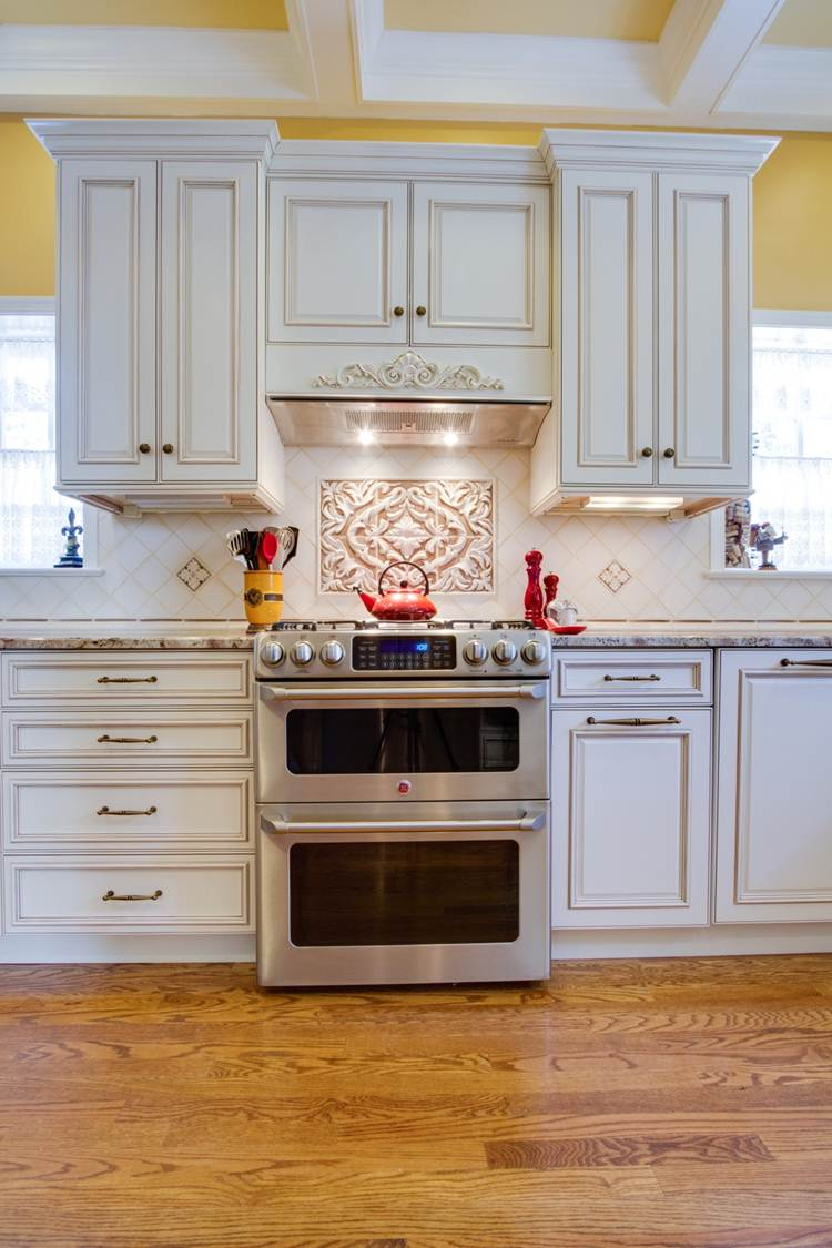 7 Kitchen Design Ideas For Your Kitchen Focal Point