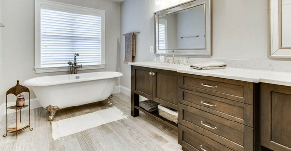 Guide To Designing A Clutter-Free Bathroom